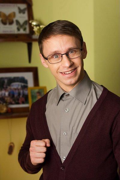 Александр стекольников, «универ. новая общага»: «не нужно прекращать ухаживания»