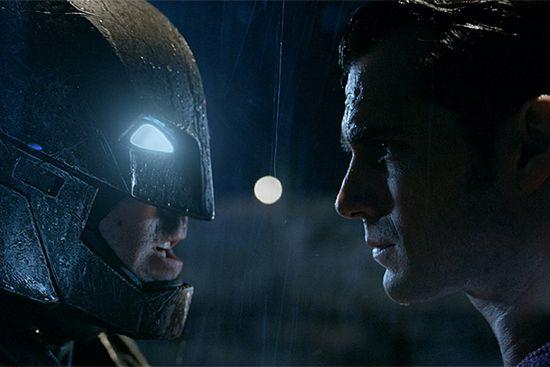 «Бэтмен против супермена: на заре справедливости»: дата выхода, трейлер и рецензия