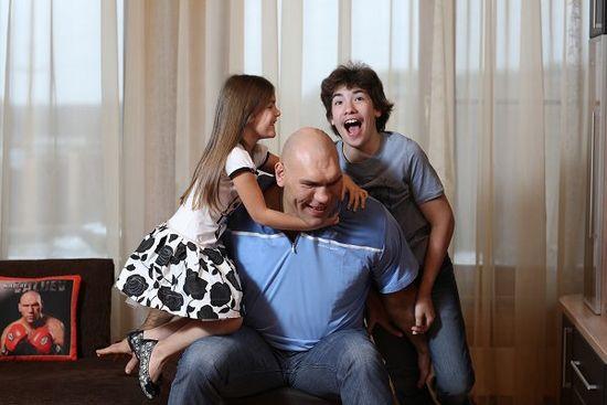 Николай валуев: «наказываю детей рублем»