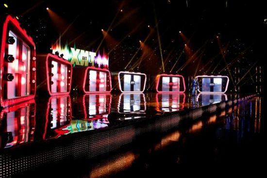 Шоу «хит»: виктор дробыш раскритиковал выбор ани лорак